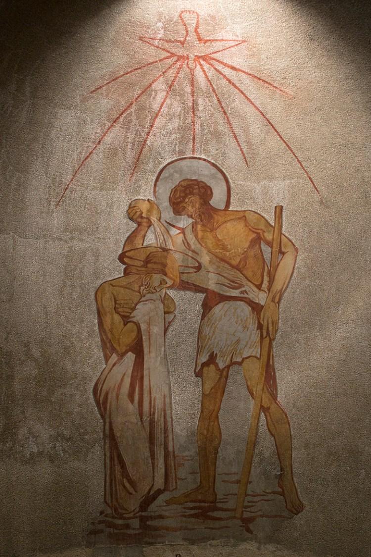 Baptistère de l'église St Louis de Vincennes Fresque d'Henri Marret