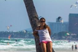 kitesurfing-girl-roxy-holiday