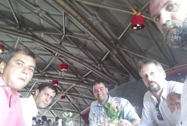 Outro reveza possível para daqui 40 anos... Bonotti, eu, Ruy, Carlão e Renato