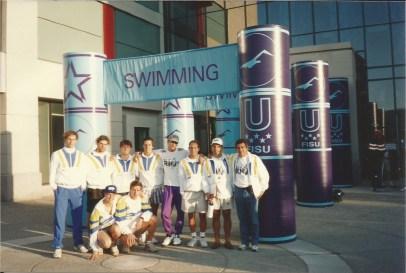 Time de natação Universíade 1993: Daniel, Renato, Cheiroso, Saboia, André Teixeira, Hermeto, Carlos, Daltely, Xuxa, Cassiano.
