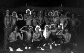Equipe masculina após jantar na Pizzaria Biondina, no dia do cancelamento.