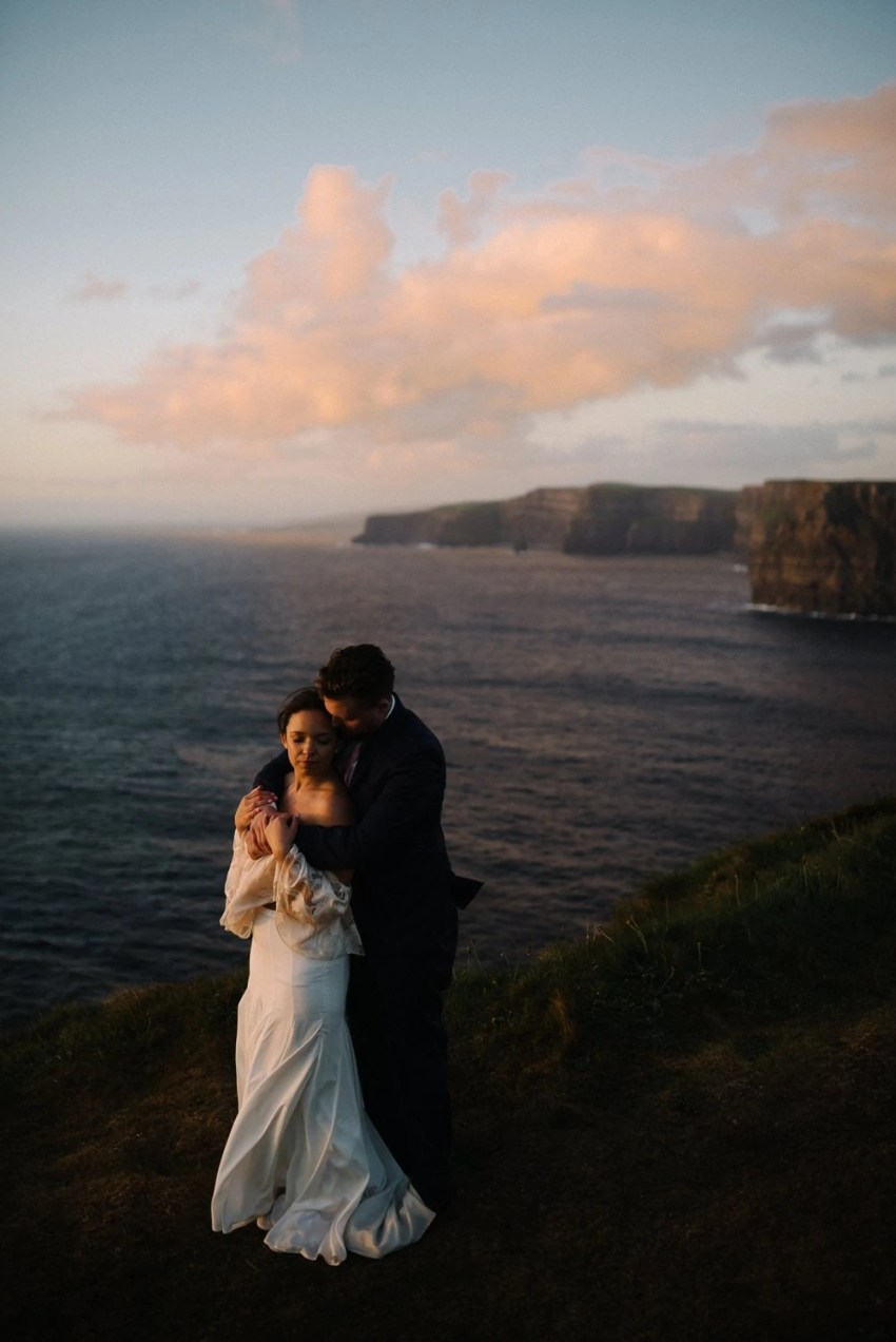 Cliffs Of Moher Elopement_0095.jpg