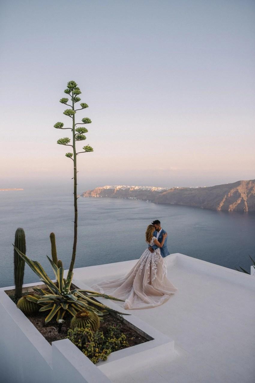 Santorini wedding dress elopement in Greece
