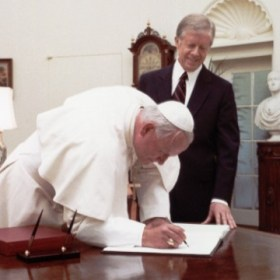 first pope at white house