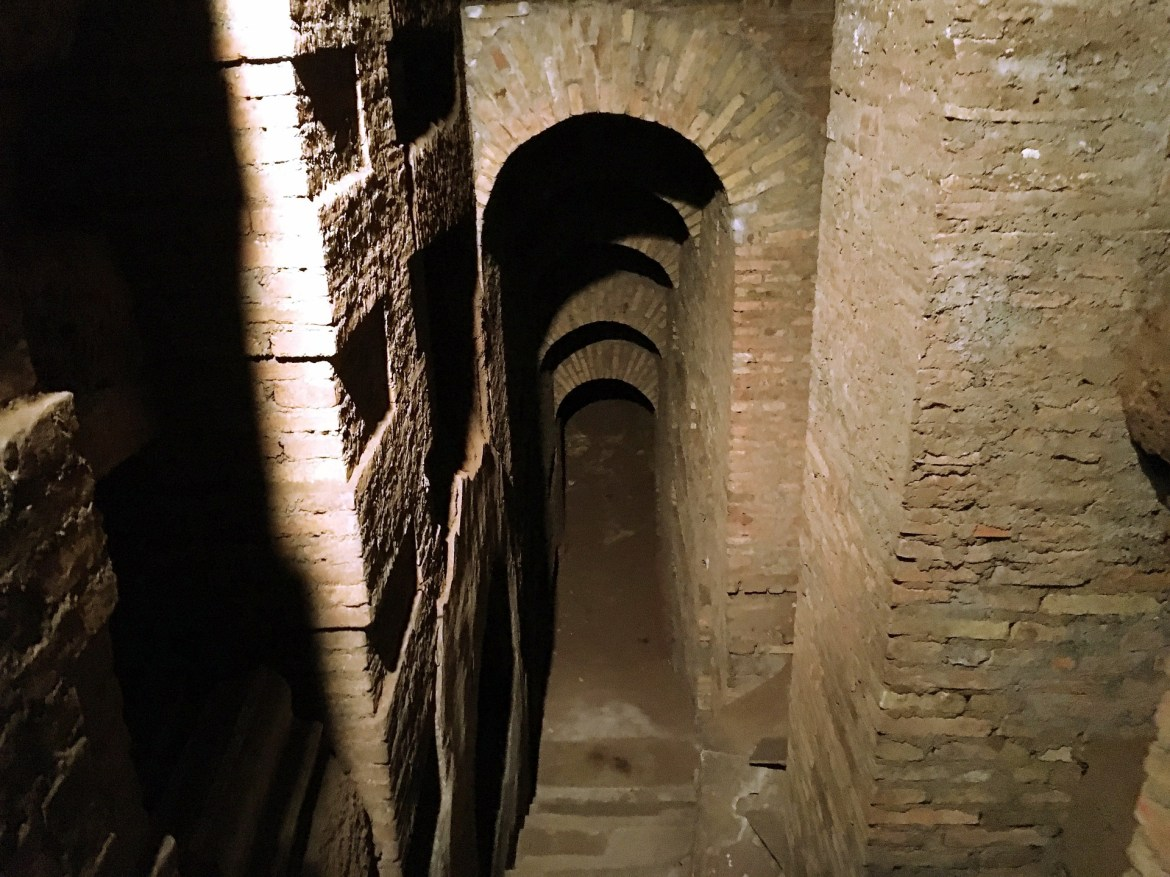 Could the Roman pagans legally punish early Christians for burying their dead in the catacombs?