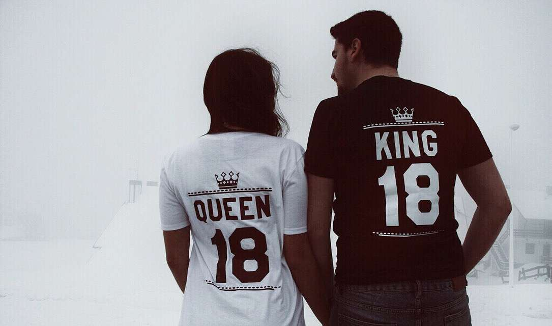 King Queen 01 Crowns Double Sided Matching Couples Shirts