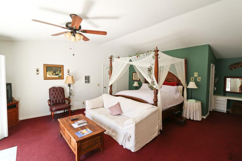 Santa Barbara room at the Pelican Cove Inn in Carlsbad, California.