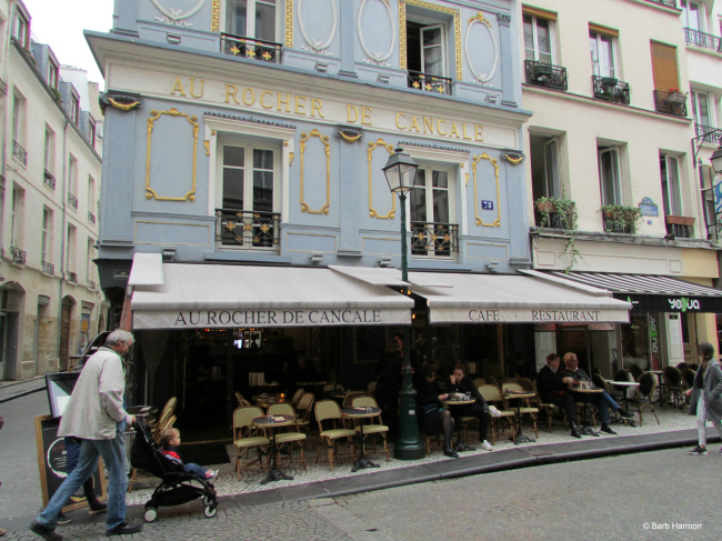 78 rue Montorgueil. One of the most photographed restaurants.