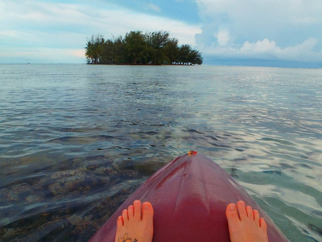 Kayaking to Motu Miri Miri from Raiatea Lodge Hotel