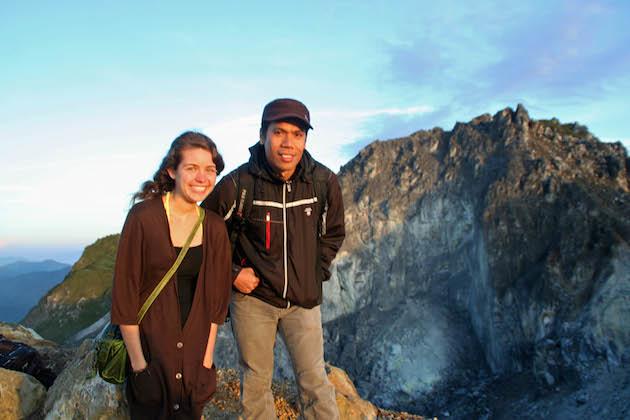 Posing with Abdy atop Mount Sibayak