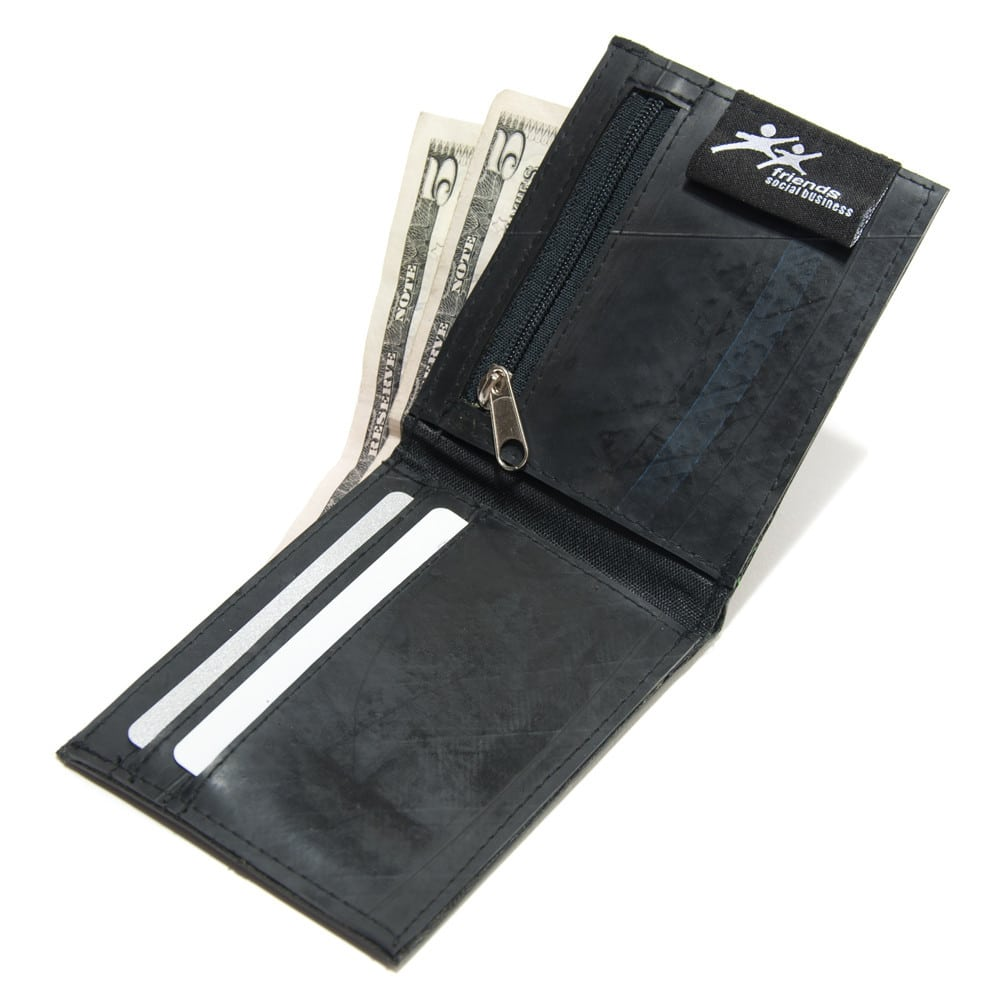 Recycled_Tire_Wallet_For_Men_Detail_1024x1024