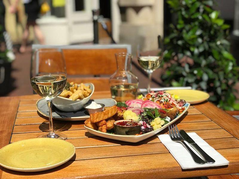 vegetarian restaurant in brighton food for friends
