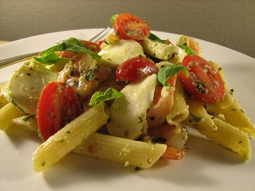 penne_crevette_tomate-cerise_mozzarela