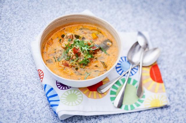 Soupe aux légumes du soleil | Photo | A.Roche - Une recette des Cercles Culinaires de France | www.epicuriendusud.com