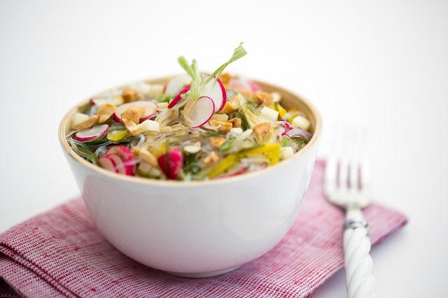 Salade fraîche aux vermicelles   Photo   F.Hamel - Une recette des Cercles Culinaires de France   www.epicuriendusud.com