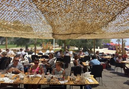 La Plage | Toulon |La terrasse | www.epicuriendusud.com