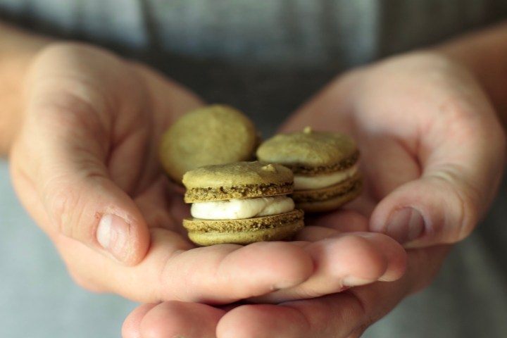 Irish Cream & Matcha Macarons