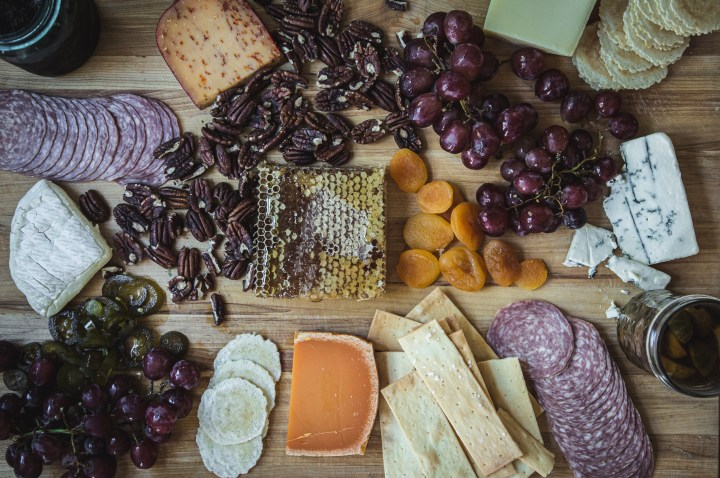 How to Expertly Make a Cheese Plate