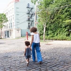 30代のママのファッションのコーデは子供と一緒に!ペアルックで。