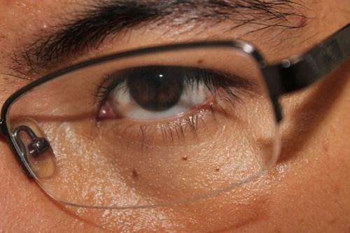 恋愛心理学で男心の視線★瞳孔が開く