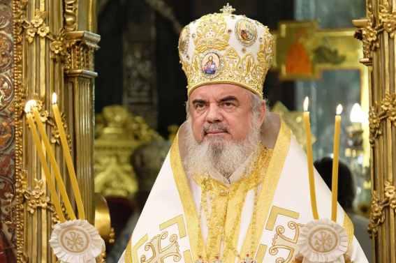 Mai-mulți-ierarhi-s-au-rugat-împreună-cu-Patriarhul-României-la-11-ani-de-la-întronizare-s-12.x71918