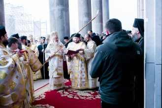 Sfintire-si-prima-liturghie-la-Catedrala-Mantuirii-Neamului-6.x71918