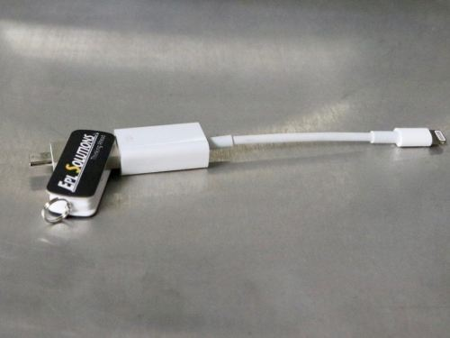 Adapter for USB to Apple® device with included mobile-friendly USB flash drive