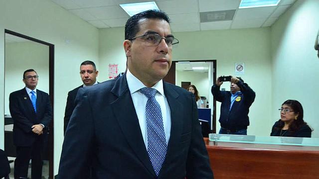 Fiscalía investiga el impago del FODES a las alcaldías