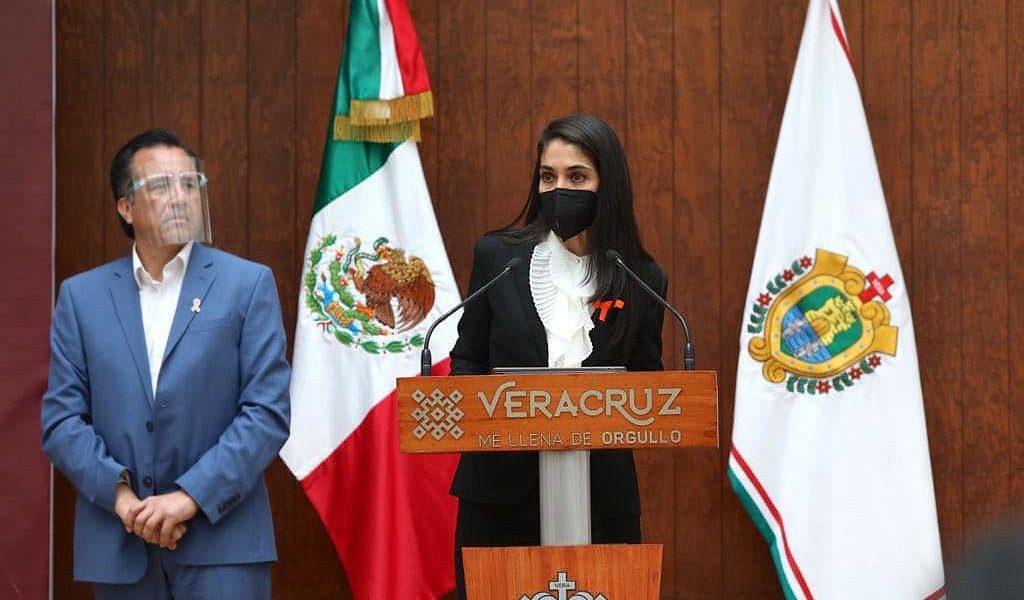 """Verónica Hernández confirma detención de Fernando """"N"""" por fraude y ejercicio indebido del servicio público."""