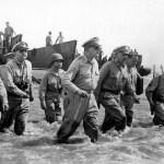 Americká invaze na ostrov Leyte: Prezident musel do vody