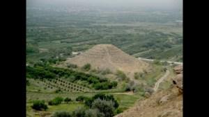 Sloužila arménská pyramida jako starověký kryt?
