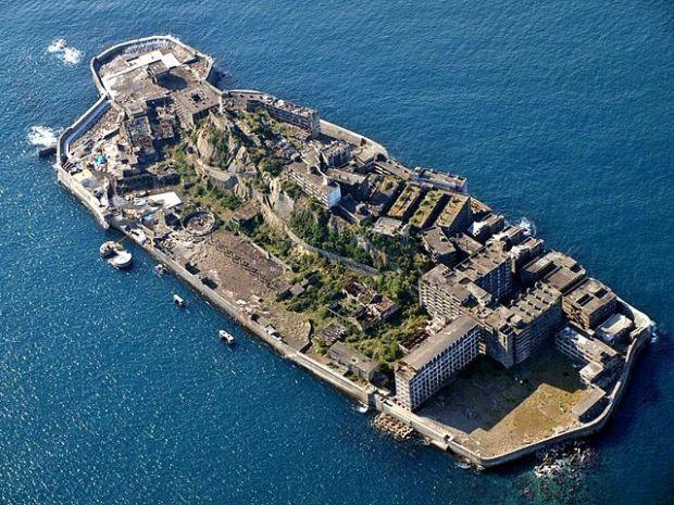 Ostrov Gunkanjima v Japonsku; foto: wikipedia.org
