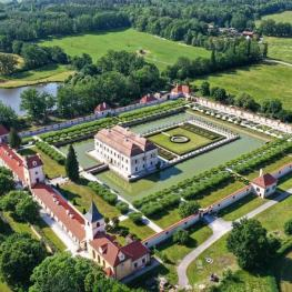 Dechberoucí zámek Kratochvíle