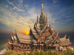 Pattaya, pobřeží sladkého lenošení