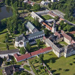 Klášter ve Žďáru nad Sázavou: Barokní skvost od Santiniho
