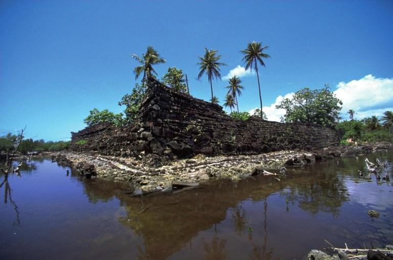 Mikronésie: Starobylé ruiny uprostřed Tichého oceánu