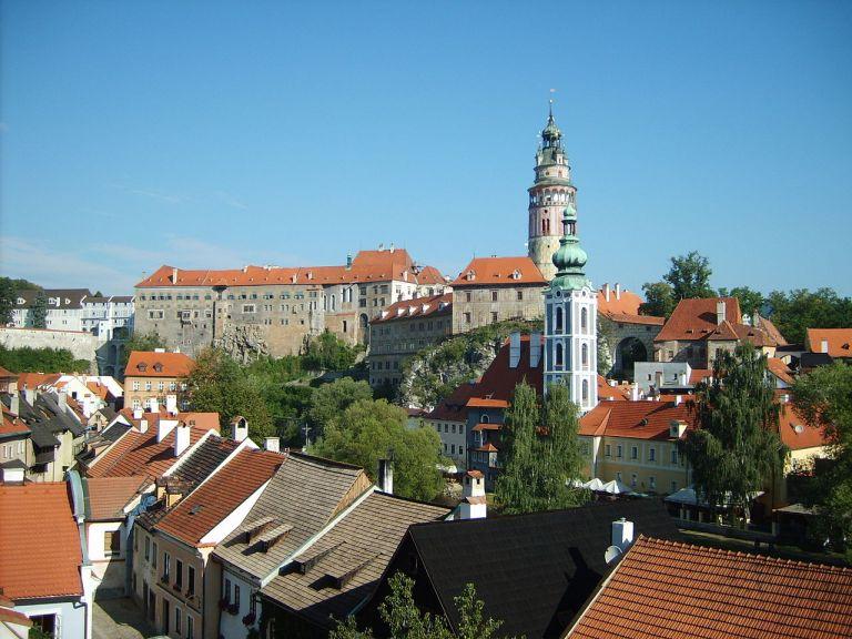 Český Krumlov: Město, které je mimořádným architektonickým skvostem!