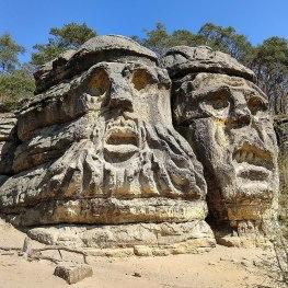 Čertovy hlavy u Želíz: Místo, kde se ďáblové vypínají k nebi