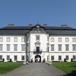 Zámek Vizovice: Sídlo hravých šlechticů