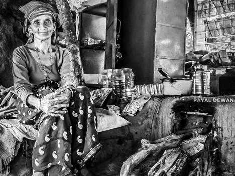 Život těch nejchudších vrstev je těžký. Instantní polévka se stává pilířem jejich stravy.