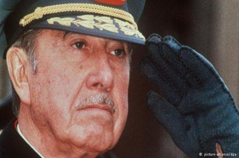 Diktátor Pinochet.