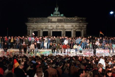 K projevu došlo u berlínské zdi.