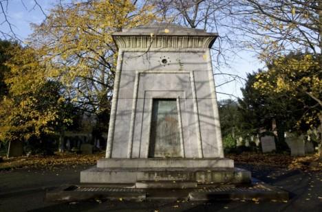 Bromptonská hrobka.
