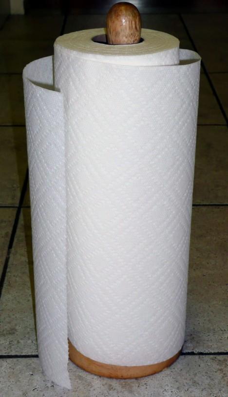Role papírových ručníků patří dnes mezi nezbytnost i v domácnostech. Málokdo tuší, že jí je už 105 let.