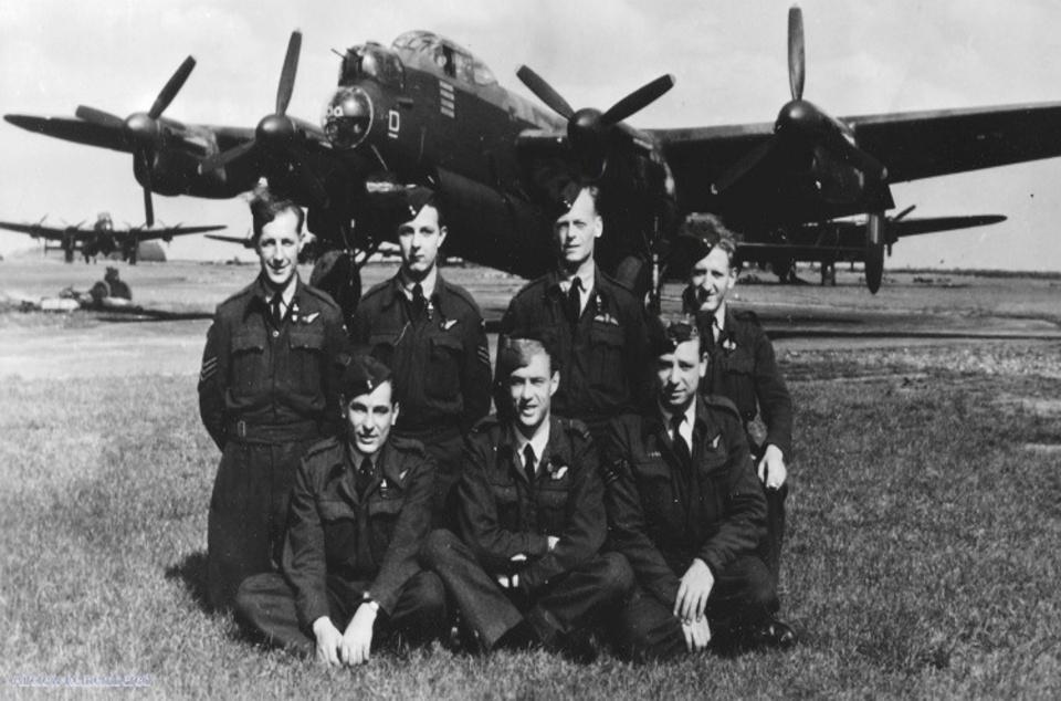 Tajemný jev spatřily i některé posádky bombardérů.