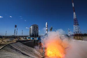 Aktuálně: Vztek Rusů nad nedostavěným kosmodromem