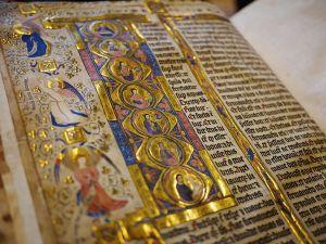 Ničení knih: Návod k němu nabízí už Bible