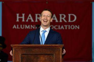 Mark Zuckerberg: Jak ve studentském pokoji rozjet největší sociální síť?