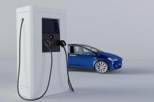 Chytré české nabíječky elektromobilů samy komunikují se sítí