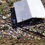 Chrám lidu: Masakr uprostřed džungle stojí život 900 lidí!